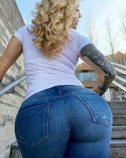 big ass pictures picture hd repost ilovethebooty_leggings and pictures burns