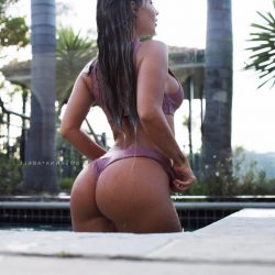 nicest celebrity repost rosannaarkle and girls gets picture in the ass