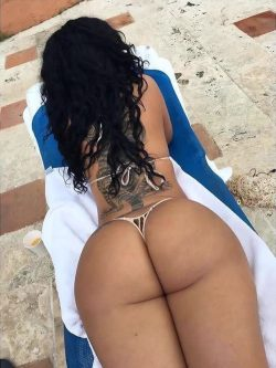 huge ebony black ass repost dimebutts__ and big booty big boobs