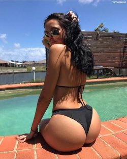 big bouncy asses repost dimebutts__ and huge round booty pictures