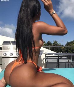 diving ass repost dimebutts__ and nude pics with big tits