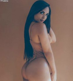kardashin ass repost dimebutts__ and latin ass pic