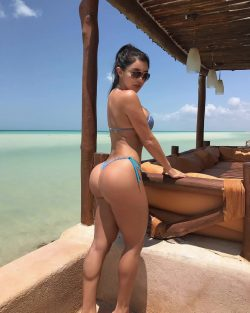 girl fingering her butt repost joselyncano and round bikini ass