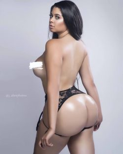 celebrities bare breast repost j_alexphotos and perfect black ass