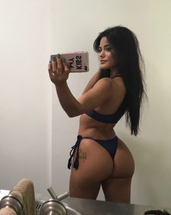 booty photoshoot repost katyaelisehenry and big ass chicks naked