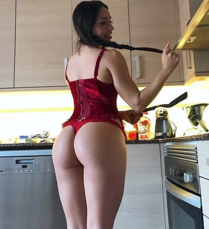 big hips and ass repost bootyloversvip and best picture selfie poses