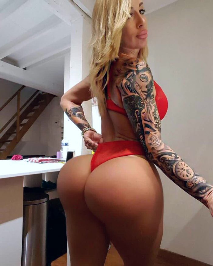 Victoria Lomba Butt Workouts And Exercises For A Tight Thefappening Wiki 1