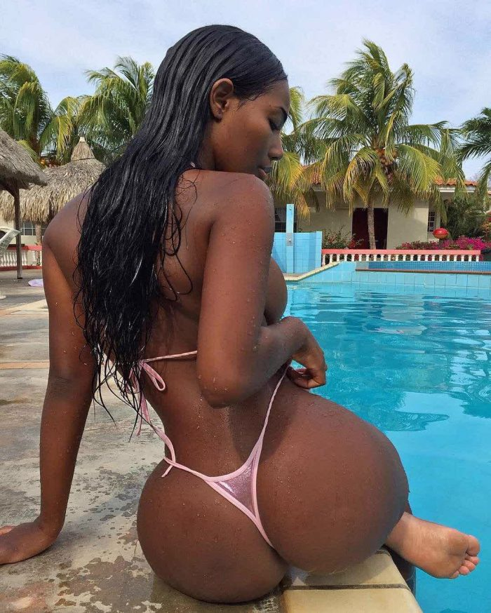 thick ass models and free pictures ass shaking