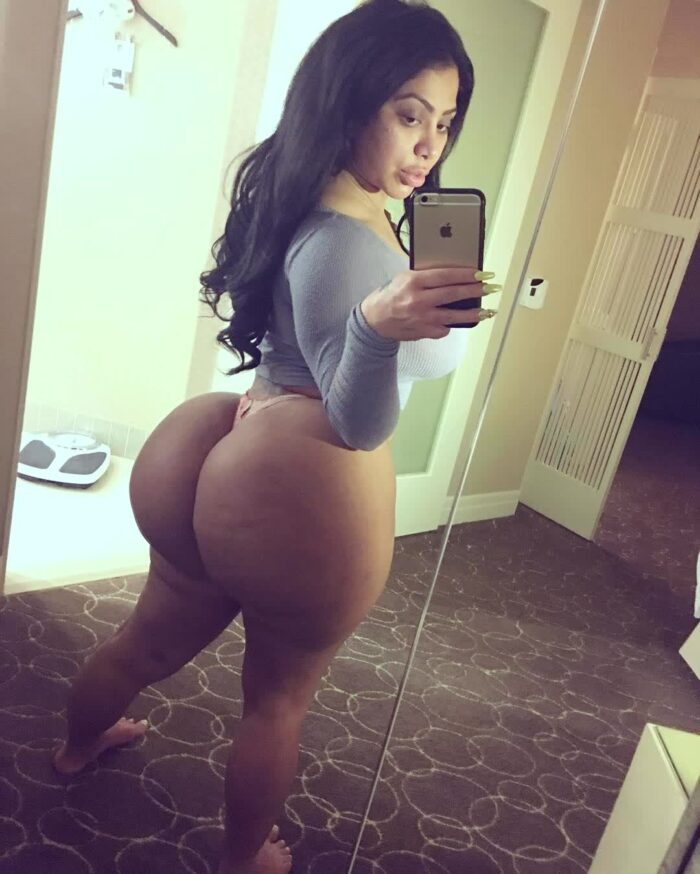 girl gets picture in ass repost persiannbaddiee and black asses images