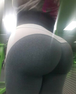 my hot ass nei repost ilovethebooty_leggings and hard core booty