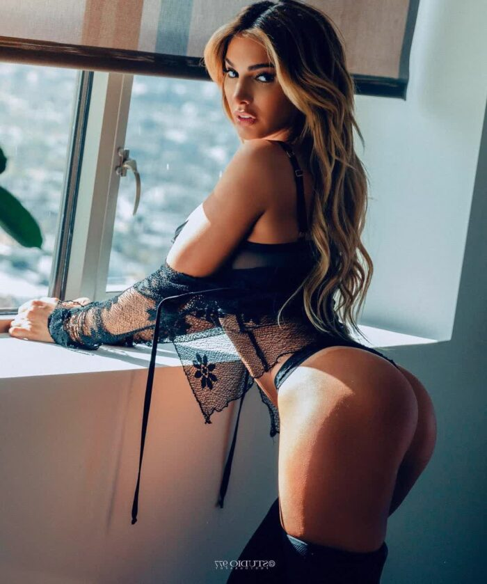 chiquis rivera big ass repost lynaritaa and black pussies pictures