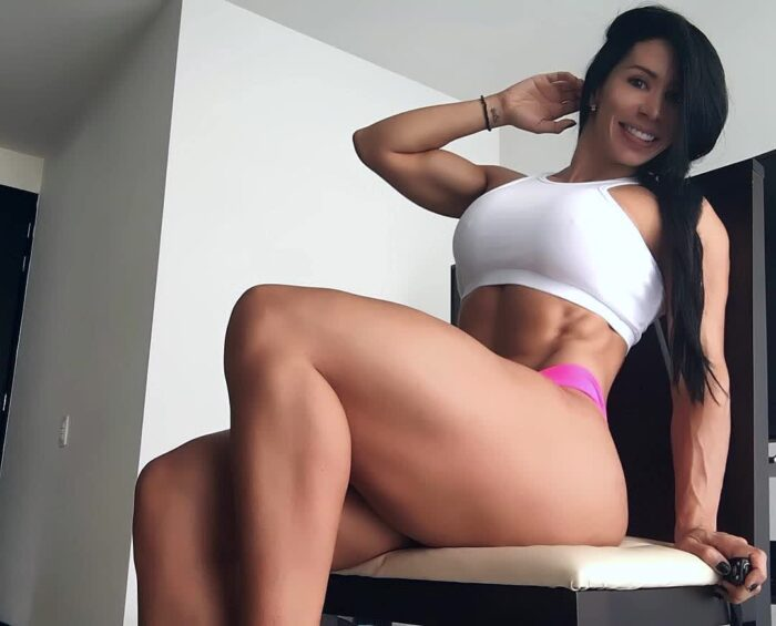 titspics repost espana927 and work out to get a bigger booty